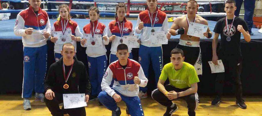 Kikbokserima Niša sedam medalja – Paunović i Kovačević šampioni Srbije