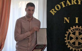 "Stefan Jović dobitnik ""Nagrade u profesiji"" Rotari kluba Niš"
