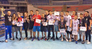 """Kik boks klub """"Niš"""" dokazao kvalitet na državnom prvenstvu  u Hali Čair (VIDEO)"""