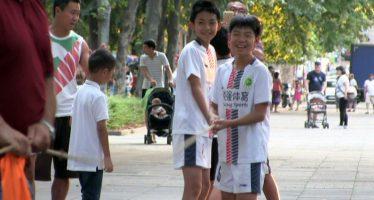 Fudbalski klub iz Kine u poseti Niškoj Banji (VIDEO)