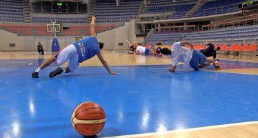 """Košarkaši Konstantina konačno započeli pripreme za """"bilo koju"""" ligu (VIDEO)"""