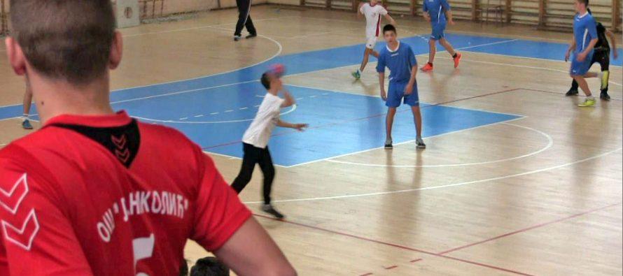 Školska takmičenja u Aleksincu idu po planu – završen i rukomet (VIDEO)