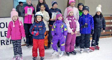 Dečija trka na ledu (VIDEO)