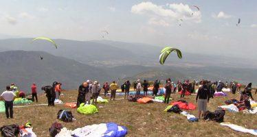 Niš još jednom odličan domaćin paraglajderistima iz regiona, ali i sveta (VIDEO)