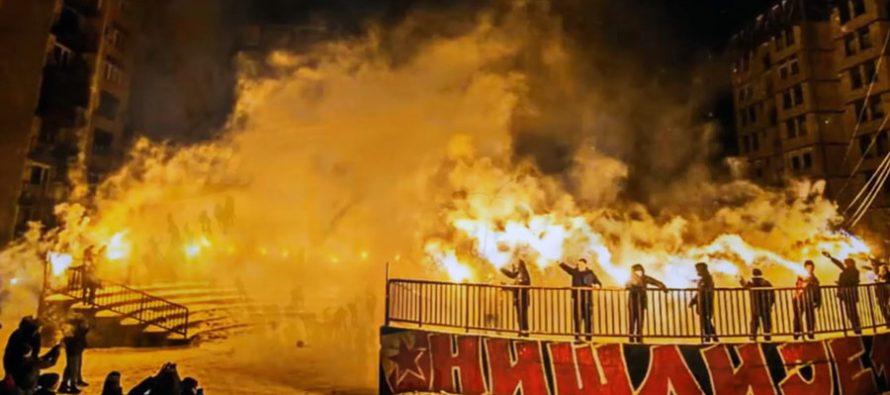 Delije i Nišu proslavile Božić uz spektakularan vatromet (VIDEO)