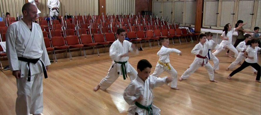 """Karate klub """"Vilin grad"""" širom otvara vrata za sve zainteresovane (VIDEO)"""