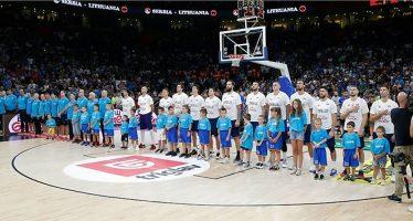 Deca Marinosa gosti reprezentacije Srbije